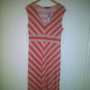 Apt. 9 size L peach and biege stripe Maxi dress